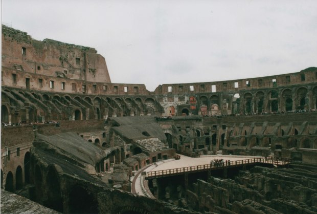 Colloseum 28mm Agfa Vista Plus 200 f11 250th sec