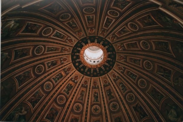 St Peter's Basilica 28mm Agfa Vista Plus 200 f2