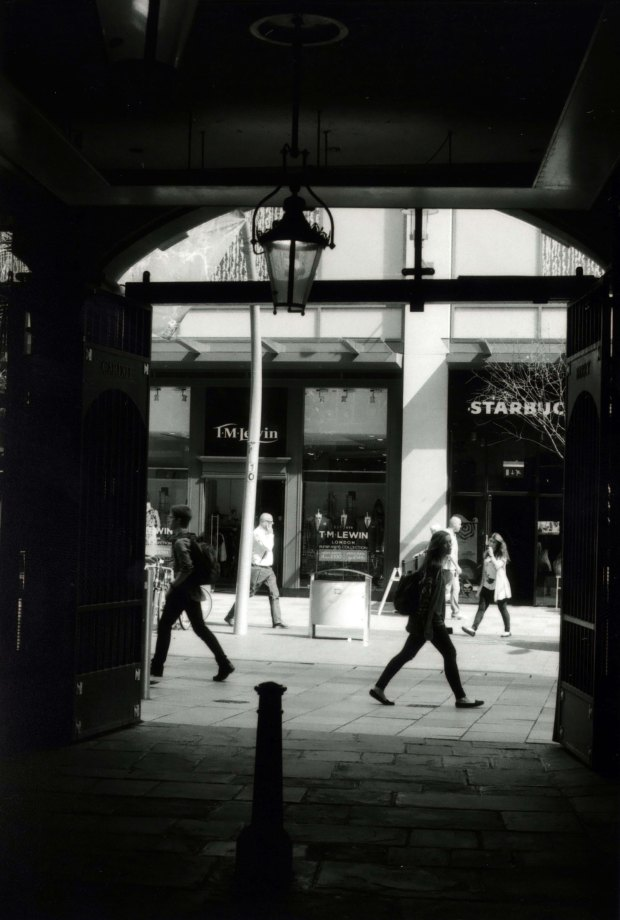 Arcade 28mm Fomapan Classic 100 f8 125th sec