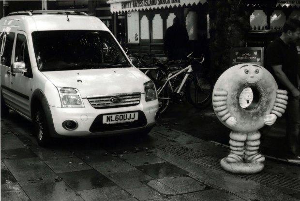 Donut 50mm Fomapan Classic 100 f8 125th sec