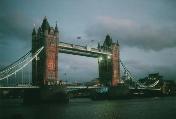 London 7 Agfa Vista Plus 200.jpg