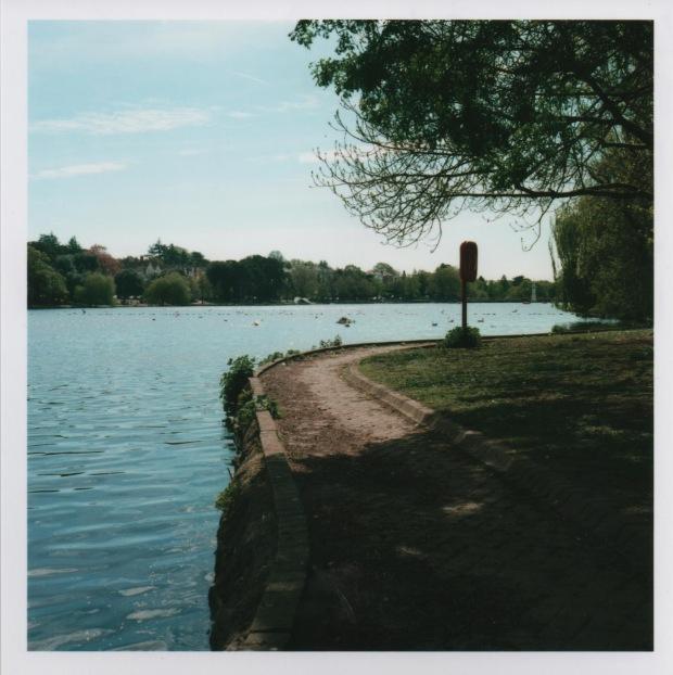 Lakeside path f16 250th sec.jpg